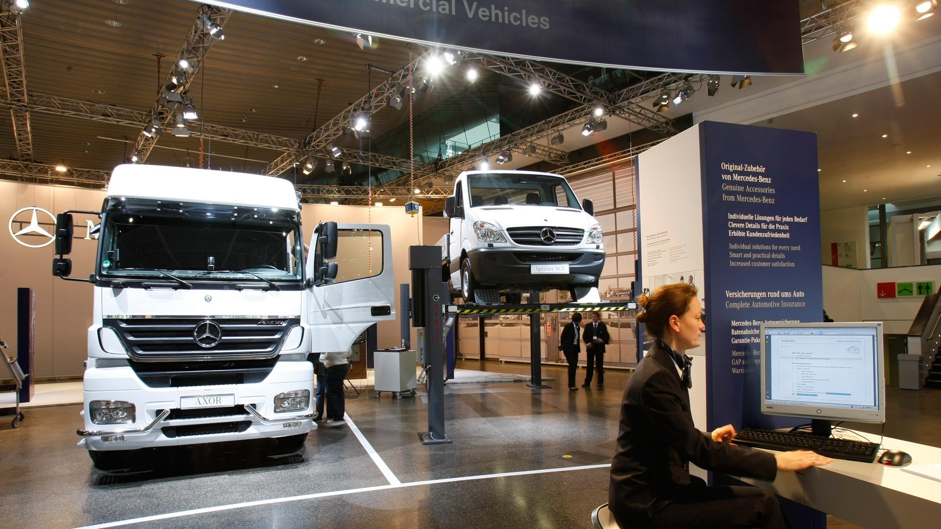 Daimler Trucks Automechanika