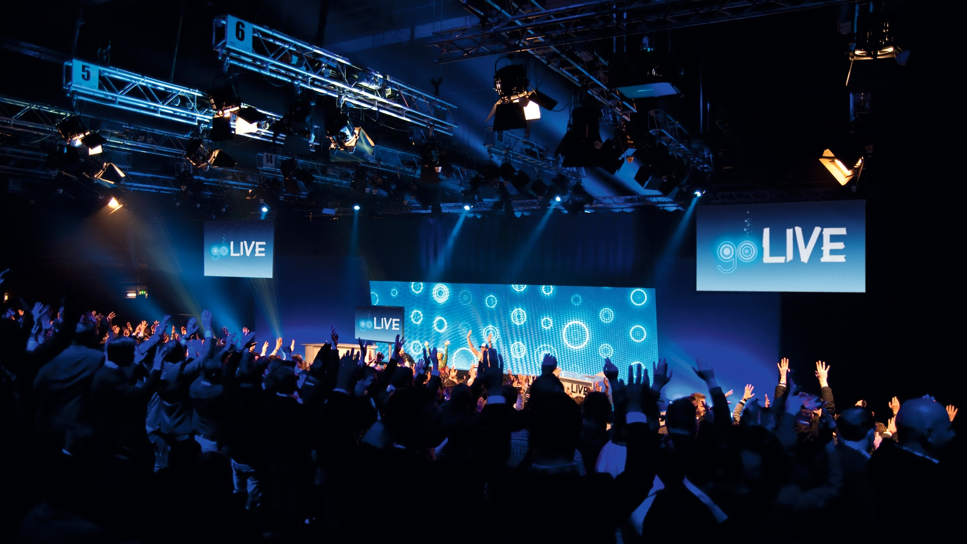 o2 Corporate Event go LIVE
