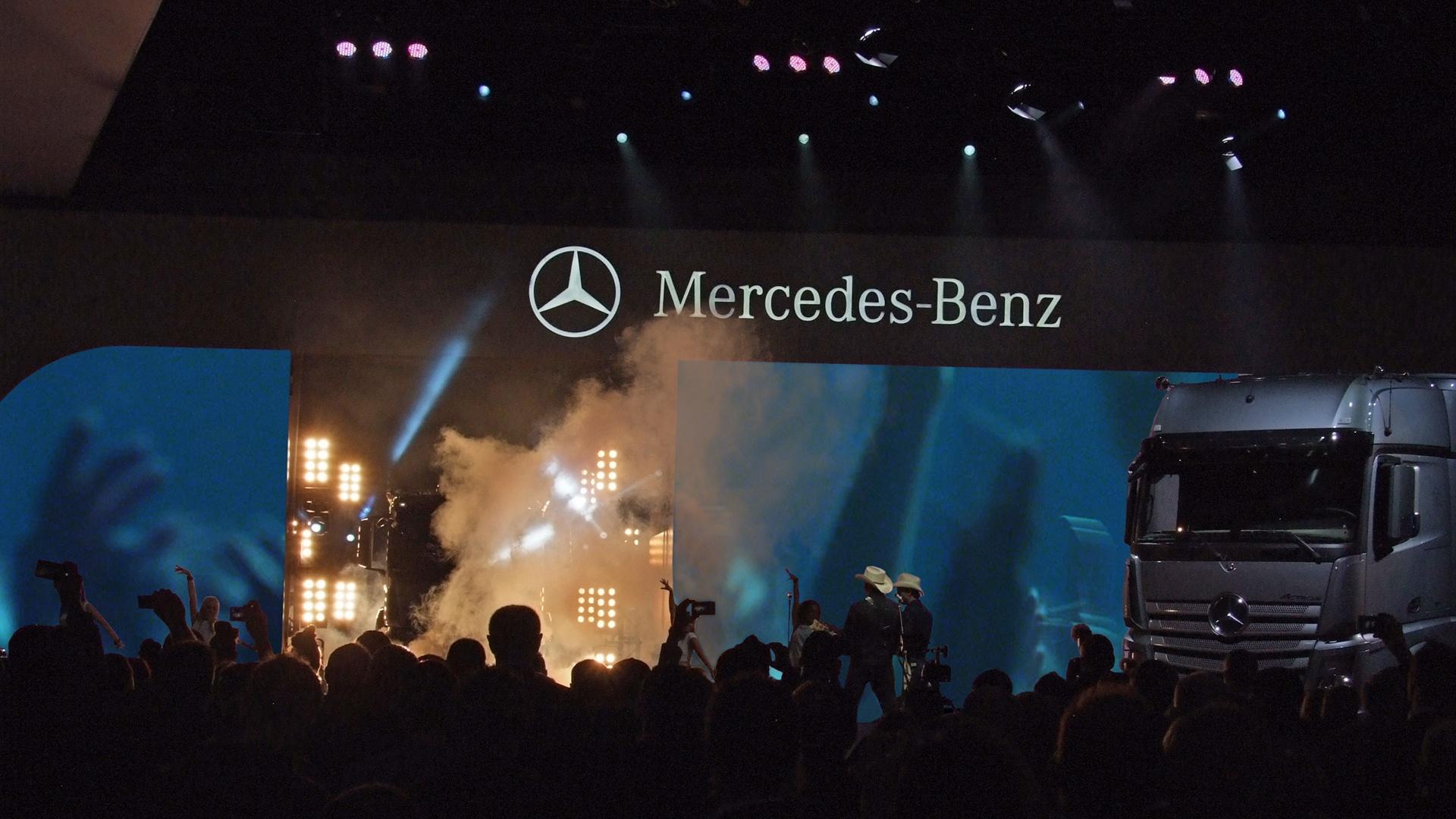 Daimler Actros und Antos Live Show IAA